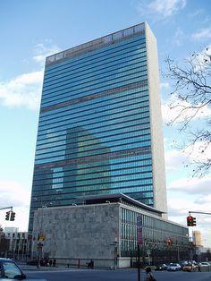 United Nations - Harrison & Abramovitz (Chief Architect) NYC, 1952
