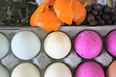 Natural Dyed Easter Eggs (with materials you probably have at home).