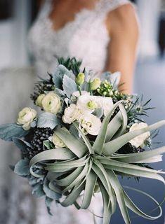 Bridal Bouquet with Tillandsia xerographica.  #Wedding #Inspiration #Bouquet #Airplantsgr