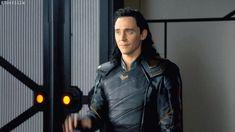 #TomHiddleston #Loki - #ThorRagnarok Gag Reel. Gif by Torrilla