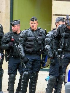 cd1f35abb 87 Best CRS images in 2019 | Police officer, Cops, Soldiers