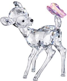 Swarovsky figurine Walt Disney - The delicate Bambi crystal figurine by the Swarovski Disney line is made of high quality glass. Disney Figurines, Glass Figurines, Collectible Figurines, Disney Statues, Bambi Disney, Walt Disney, Swarovski Crystal Figurines, Swarovski Crystals, Art Of Glass