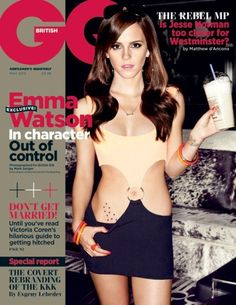 Here's Emma Watson as Nicki in The Bling Ring which might just be the stupidest title ever. This is her cover for British GQ May 2013 on which she's wearing an updated version of Julia Roberts' dress from Pretty Woman. Julia Roberts, Pretty Woman, Pretty Girls, Gq Magazine Covers, Magazine Rack, The Jonathan Ross Show, Emma Watson Sexiest, The Bling Ring, Bling Ring Emma Watson