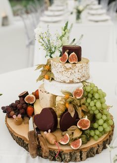5 tier cake with cheese wheels. 5 flavours & types of cheese as a wedding cake. cheeseboard wedding cake with grapes, cheese, figs & fruit. Inspiration for alternative wedding cakes. Cheesecake Wedding Cake, Wedding Cake Flavors, Fall Wedding Cakes, Beautiful Wedding Cakes, Wedding Cake Designs, Cheese Wedding Cakes, Cheese Board Wedding, Alternative Wedding Cakes, Wedding Cake Alternatives