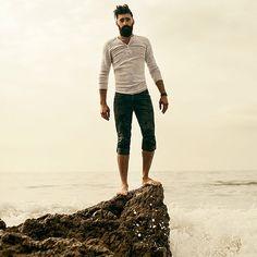 Joel Joel Alexander, Hipster Man, Awesome Beards, Gentleman Style, Capri Pants, Hair Cuts, Mens Fashion, Hair Styles, Men's Style