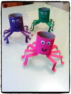 Tutorial Toilet Paper Roll Crafts For Kids and Adu. Tutorial Toilet Paper Roll Crafts For Kids and Adult Halloween Crafts For Kids, Diy Crafts For Kids, Projects For Kids, Fun Crafts, Arts And Crafts, Diy Halloween, Halloween Parties, Colorful Crafts, Holiday Crafts