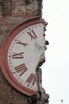 Jordskævlet i Italien er en tragisk baggrund, men billedet er fantastisk.