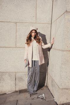 Cristina Monti / Photos : Sarah Emily St-Gelais Striped Pants, Board, Photos, Fashion, Moda, Stripped Pants, Pictures, Fashion Styles, Striped Shorts