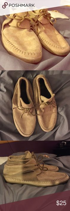 Vans surf moccasins CLOSING CLOSET NEED TO SELL! Vans surf moccasin, only worn once didn't like the look. ALL OFFERS CONSIDERED! Vans Shoes Moccasins