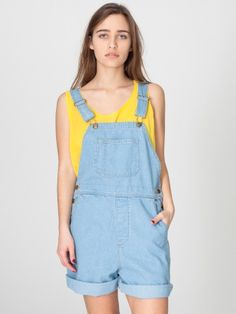 don't know if i could pull off the overall-shorts, but i'd kind of like to try...