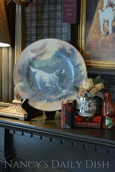"""For consideration is this rare, wonderful collector plate by Royal Doulton depicting an English Setter or Springer Spaniel in pursuit of perhaps quail, pheasant or grouse. Measures 10"""" Condition: Exce"""