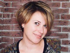 О студии - Студия красоты Pixie Beauty в Москве - Стрижка, сложное окрашивание, авторское окрашивание, уход для волос, «счастье для волос», ботокс для волос, кератиновое выпрямление волос, био ламинирование, укладка, коррекция и окрашивание бровей хной, макияж, маникюр, педикюр, наращивание ресниц