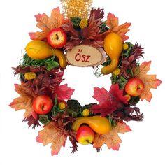 Őszi koszorú - Szárazvirág díszek webáruháza Autumn, Fall, Christmas Wreaths, Halloween, Holiday Decor, Decorations, Home Decor, Ornaments, Bonito