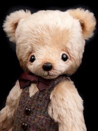 Alastair by Bingle Bears