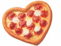 ハート型の「ハッピーバレンタインピザ」 http://entabe.jp/news/article/3876