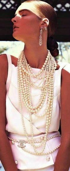 http://serendipitylands.blogspot.ca/2015/04/perlas-una-y-otra-vez-y-otra-pearls.html