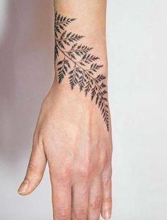 yaprak bilek dövmeleri bayan leaf wrist tattoos for women