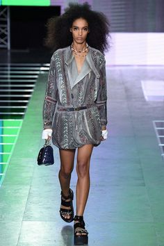 Louis Vuitton 16