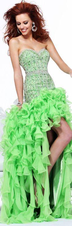 beautiful green!  http://www.inews-news.com/women-s-world.html
