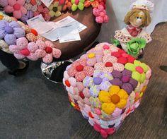 Aprende cómo hacer una alfombra para niños reciclando ropa