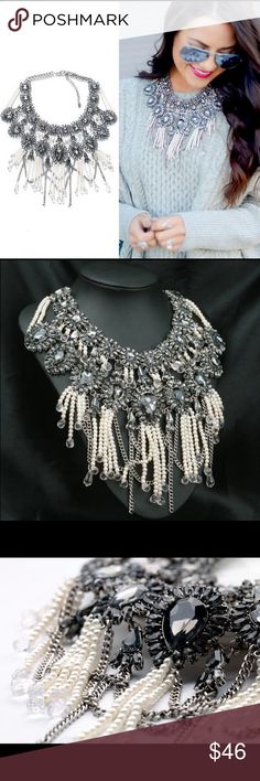 Gorgeous Statement Necklace Gorgeous Statement Necklace with lots of detail.   Jewelry Necklaces