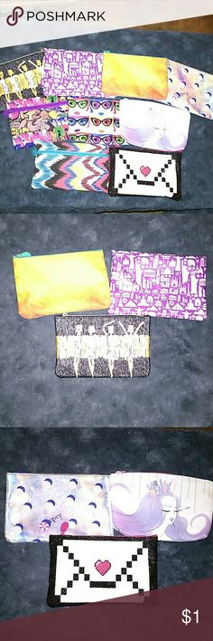New Makeup bags New Makeup bags. Make your own makeup bundle. Choose what you want in the bundle and I will make it for you. Makeup
