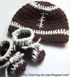 Earning-My-Cape: Newborn Football Hat and Booties Set (free crochet pattern)