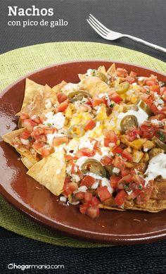 Nachos con pico de gallo Supper Recipes, Delicious Dinner Recipes, Kitchen Recipes, Cooking Recipes, Healthy Recipes, Mexican Dishes, Mexican Food Recipes, Salsa Nachos, Fajitas