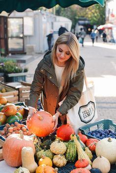 Jesienne klasyki, czyli co jeść, nosić oraz jak dbać o siebie w październiku | Make Life Easier