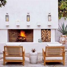 Outdoor fireplace / via Lejardindeclaire