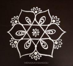 Easy Kolam Design For Ganesha Festival Simple Rangoli Border Designs, Easy Rangoli Designs Diwali, Indian Rangoli Designs, Rangoli Designs Latest, Rangoli Designs Flower, Free Hand Rangoli Design, Small Rangoli Design, Rangoli Patterns, Rangoli Designs With Dots