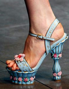 Saw a pic of Isla Fisher wearing these with a stunning dress - Dolce and Gabanna