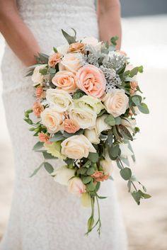 Photo from Yonara & Ryan collection by Sylvia Guardia M. Cascading Wedding Bouquets, Orange Wedding Flowers, Diy Wedding Bouquet, Bride Bouquets, Bridal Flowers, Floral Wedding, Wedding Colors, Peach Wedding Theme, Spring Wedding
