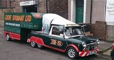 Custom built mini pick-up Toyota Car Models, Toyota Cars, Classic Trucks, Classic Cars, Mini Coper, Eddie Stobart Trucks, Small Cars, Small Trucks, Mini Clubman