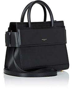 Handbags Michael Kors, Tote Handbags, Ladies Handbags, Givenchy Horizon, Brown Leather Backpack, Leather Bag, Latest Winter Fashion, Beautiful Bags, Beautiful Things