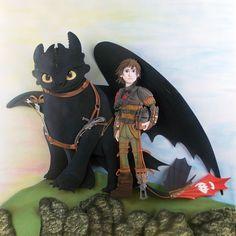 Como Treinar o Seu Dragão (How to Train Your Dragon) - Paper Sculpture by Vlady & Helena Keiko - Exposição Jewels in Paper