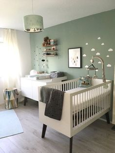 Kinderzimmer Most popular baby room themes Pin by colora tienen on Babykamer / baby room in 2019 Baby Room Boy, Baby Bedroom, Nursery Room, Baby Room Green, Light Green Nursery, Mint Nursery, Nursery Ideas, Nursery Decor, Baby Baby