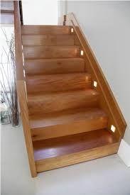 Resultado de imagem para escadas de madeira externa
