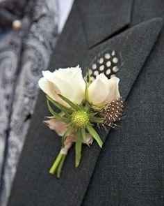 Boutonniere - rose, tuberose, quail feathers Cool wedding inspiration http://www.preparetowed.com/blog