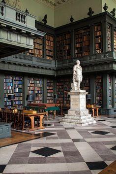 The Codrington Library, All Souls College Oxford United Kingdom via flickr