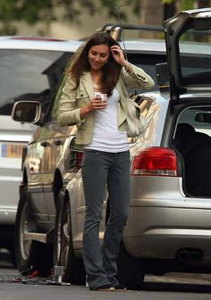 Kate Middleton locks herself out of her car in London, September 14, 2007.