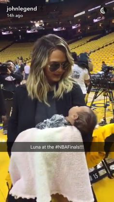 Pin for Later: John Legend and Chrissy Teigen Have an Adorable Night Out With Baby Luna at the NBA Finals