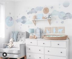 Planning a dream nursery?? ✨ @bambinidelights has put together along with some amazing mums their top 5 tips to doing just that! Head over and check it out on @bambinidelights website. How dreamy is this space? 💓 Modern Kids Bedroom, Childrens Bedroom Decor, Childrens Lamps, Childs Bedroom, Kids Wall Decals, Nursery Wall Decals, Nursery Inspiration, Nursery Ideas, Nursery Neutral