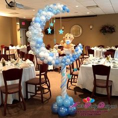 Moon and Stars Balloon Sculpture. Great for a twinkle twinkle little star themed baby shower! #PartyWithBalloons   CT + NY