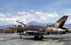 F-100F 352TFS 35TFW PhanRang 1971 - F-100 Super Sabre - Wikimedia Commons
