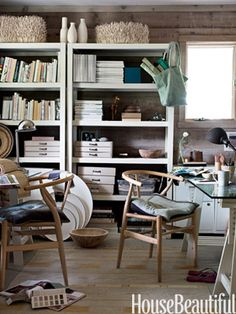 Shelter Island office. Design: Harriet Maxwell Macdonald and Andrew Corrie. Photo: Ditte Isager. housebeautiful.com.
