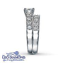 14K White Gold 1 1/4 Carat t.w. Leo Diamond Bridal Set