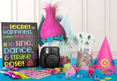 9 Ways to Dance, Sing & Party with Trolls - The Glue String | The ... Trolls Party, Trolls Birthday Party, 6th Birthday Parties, 7th Birthday, Birthday Ideas, Birthday Photos, Los Trolls, Party Ideas, Event Ideas