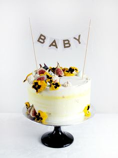 Love Rosie Cakes supplies luxury bespoke wedding cakes and celebration cakes in London. Each cake is individally deisgned and tailor made for each individual. Cupcake Cakes, Cupcakes, London Cake, Cake Supplies, Celebration Cakes, Wedding Cakes, Birthday Cake, Desserts, Food