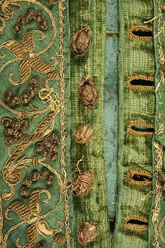 In the Studiolo posts about Renaissance costume history architecture decorative arts portraits books and moves that take place in that time. European Silk metallic thread and brass Doublet ca. 1580 (via The Metropolitan Museum of Art - Doublet) Historical Costume, Historical Clothing, Antique Clothing, Inchies, Lesage, Passementerie, Doublet, Gold Work, Looks Vintage